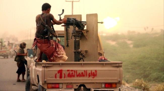 مليشيات الحـوثي الانقلابية تجدد اختراق الهدنة وتستهدف مواقع قوات العمالقة في الساحل الغربي