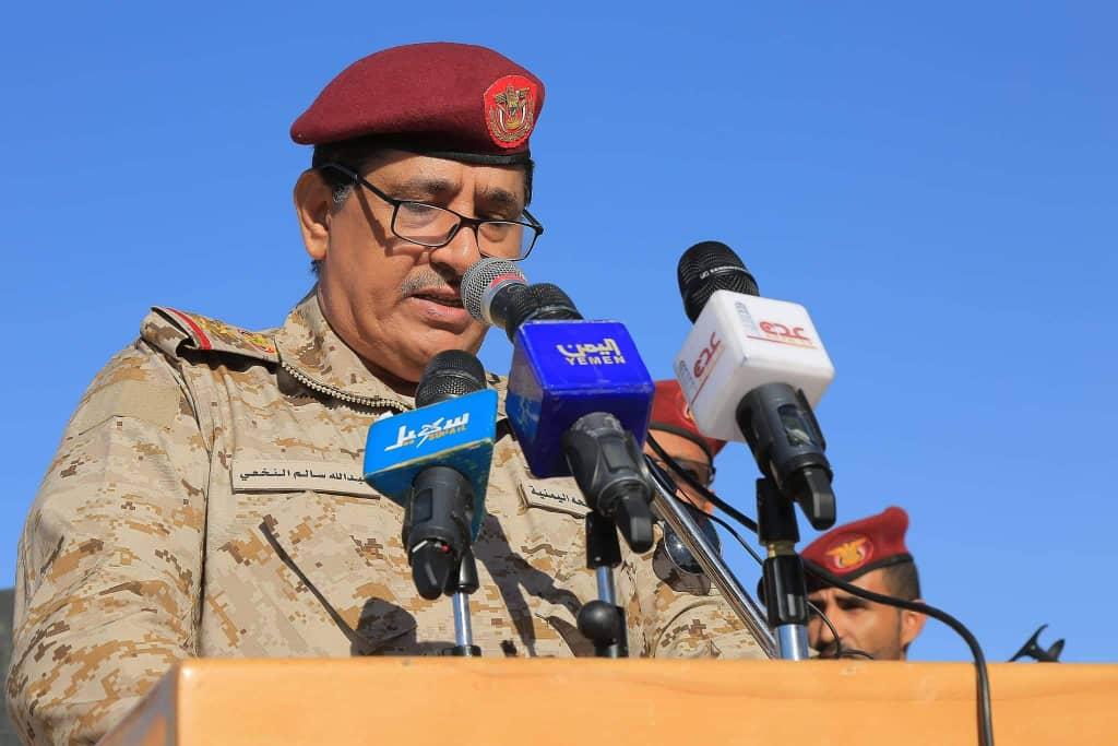 رئيس هيئة الأركان الفريق النخعي يشيد بدور الأجهزة الأمنية والعسكرية في تأمين عقد جلسات مجلس النواب